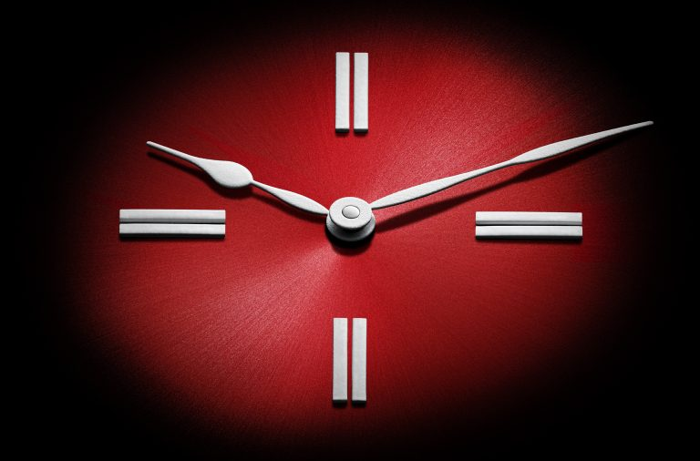 H._Moser_100percent_Swiss_red_fume_dial