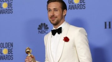 golden-globes-2017-ryan-gosling-wins-best-actor-award-la-la-land (1)