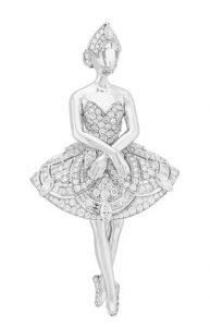 استلهمت دار Van Cleef & Arpels تصاميم بعض أبرز مجوهراتها. (Van Cleef & Arpels)